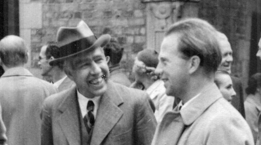 Niels Bohr & Heisenberg